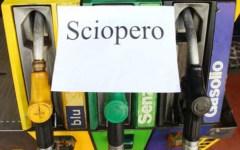 Sciopero dei benzinai sulle autostrade: dalle 22 di oggi 3 marzo alle 22 del 5 marzo