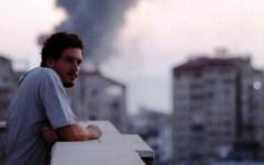 Giornalista morto a Gaza: Pitigliano in lacrime per l'addio a Simone