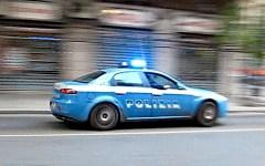 Firenze, stalking: arrestata una donna. Avrebbe costretto la sorella a mendicare