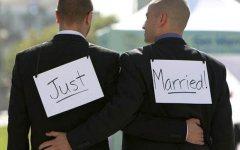 Firenze, matrimoni gay fatti all'estero: ok del Consiglio comunale alla trascrizione