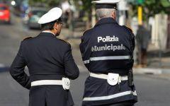 Firenze: dal 1 novembre 100 pattuglie di vigili urbani in più al mese saranno sulla strada di notte