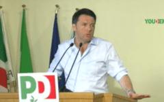 Politica: Renzi ha celebrato il «Pd pride» (no Imu day) fra le polemiche, anche interne