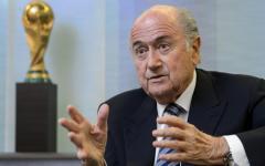 Fifa: Sepp Blatter, a sorpresa, si dimette da presidente. Presto le elezioni del nuovo capo del calcio e riforme radicali