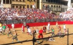 Firenze, sorteggio Calcio storico 2016: Verdi-Bianchi e Azzurri-Rossi