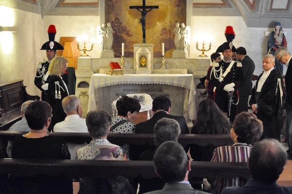 La camera ardente nella basilica di San Lorenzo