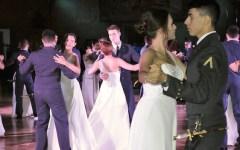 Firenze, «Ballo delle debuttanti 2015»: grandi emozioni alla Scuola Militare Aeronautica Douhet (Video-Foto)