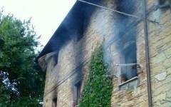 Arezzo, muore a 21 anni nell'incendio della sua casa