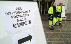 Toscana, meningite: indagine epidemiologica sui portatori sani con tampone in gola