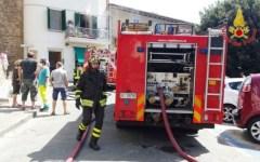 Castiglione della Pescaia, esplode il forno a gas di uno stabilimento: grave un cuoco di 32 anni