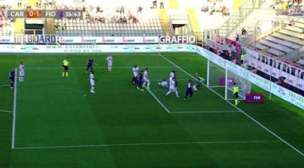 Carpi-Fiorentina, l'azione del gol di Babacar (foto Twitter - SportMediaset)