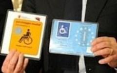 Firenze, disabili: è scaduto il vecchio contrassegno per l'auto. Per evitare multe occorre esporre quello blu, europeo