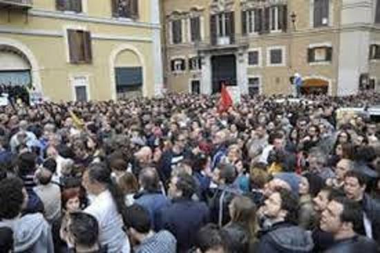 Manifestazione dei rappresentanti della sicurezza