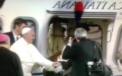 Papa Francesco: «Grazie Firenze, la Chiesa come Gesù vive fra la gente e non per il potere»