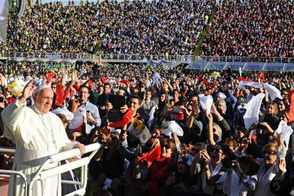 Papa Francesco allo stadio Artemio Franchi di Firenze