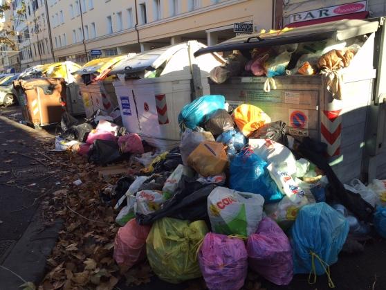 Rischio emergenza rifiuti a Livorno