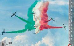 Calendario 2016 dell'Aeronautica militare: «La tua squadra che vola». Le Frecce tricolori