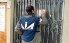 Firenze: la Dia sequestra a un cinese beni per oltre 400.000 euro. L'accusa: evadeva il fisco (e giocava al casinò)