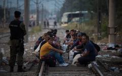 Migranti. La rotta dei Balcani è chiusa. Vertice Turchia - Ue domani 7 marzo a Bruxelles