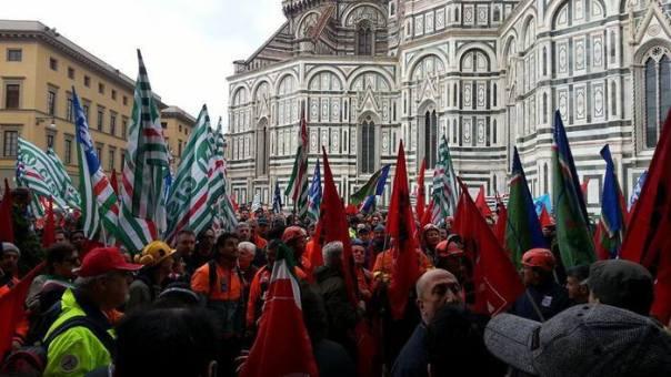 Manifestazione operai forestali a Firenze
