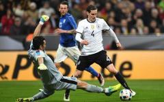 La Germania spazza via i tabù (non vinceva da 21 anni...) e la fragile Italia di Conte: 4-1