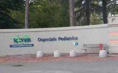 Livorno: scontro fra due auto, numerosi feriti gravi. Bimbo di 18 mesi trasportato al Meyer