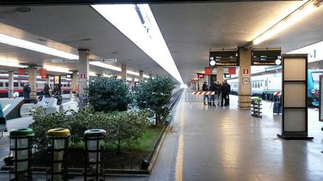 Ferrovie stazione Firenze passeggeri ritardi