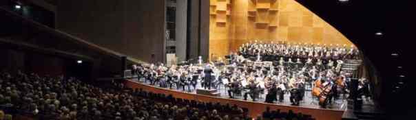Orchestra_del_Maggio_Musicale_Fiorentino_04_-_Foto_Michele_Borzoni-Terraproject-Contrasto_-_940x440-940x440