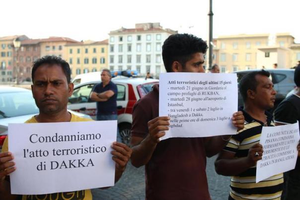 Bangladesh: sit in a Pisa