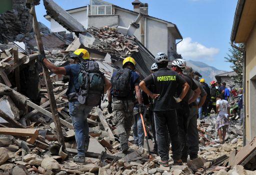Terremoto in Italia, foto dei crolli e delle devastazioni