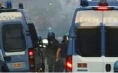 Catania, Festa dell'Unità: contestazioni a Renzi e scontri con le forze dell'ordine