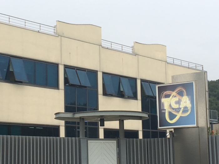 Arezzo, esplosione in una ditta: 2 operai ustionati, uno è grave