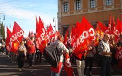 Lavoro, economia: sciopero generale il 21 ottobre dei sindacati di base contro la politica del governo