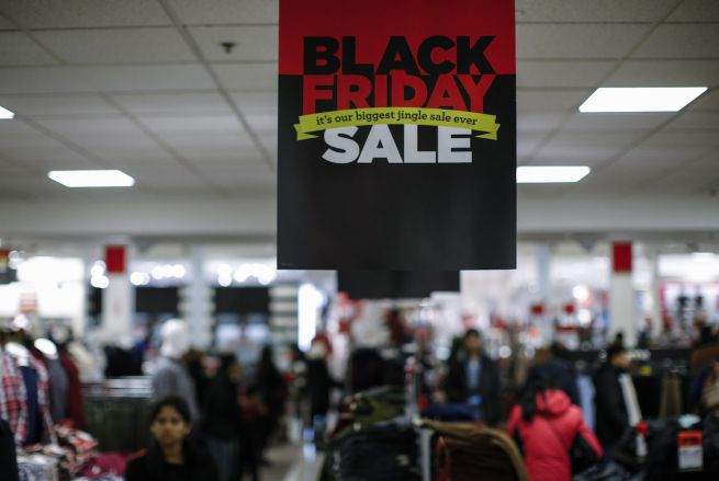 Black Friday: Amazon, 1,1 mln ordinazioni, 12 al secondo
