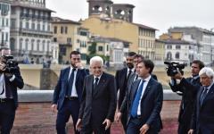 Firenze: Mattarella in Santa Croce per il ritorno dell'Ultima cena del Vasari e passeggiata sul Lungarno Torrigiani (2 video)