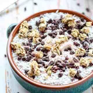 Chocolate Coconut Collagen Smoothie Bowl-5
