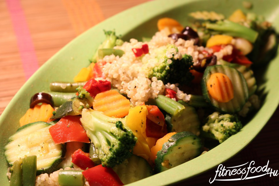 Veggie Fitnessfood: Quinoa mit Gemüse