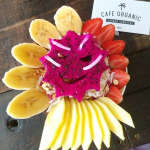 Cafe Organic - Bali Canggu - Smoothie Bowl - healthy food guide