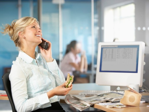 4-simple-ways-to-eat-health-at-the-office