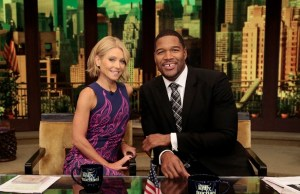 Strahan as Kelly's