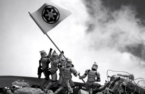 Famous Photos Brilliantly Recreated Using Star Wars Figures