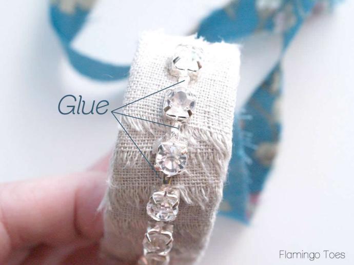 wrapping fabric around bracelet