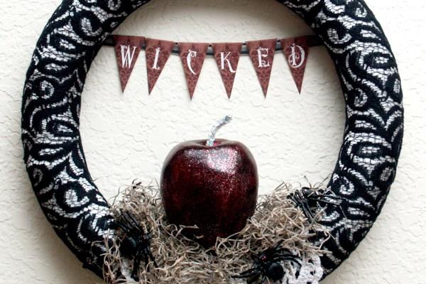 Halloween Wicked Wreath