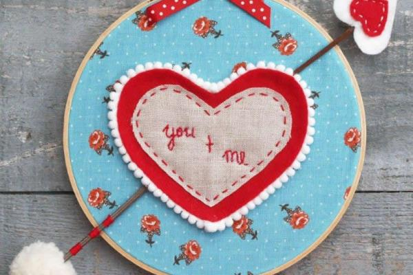 Valentine Hoop Art and Arrow