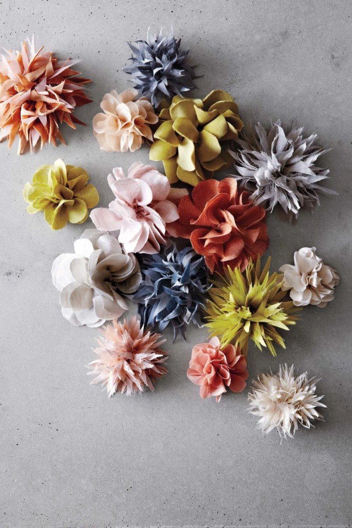 Md110947 composed corsages 048