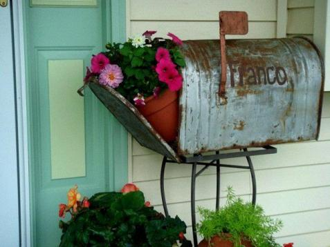 Marvelous Mailboxes