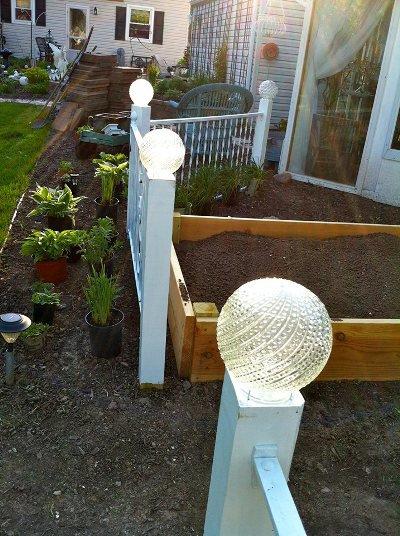 Ann Elias fence post lights