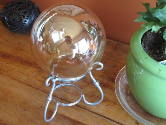 Kathy Atwell simple sphere on a stand