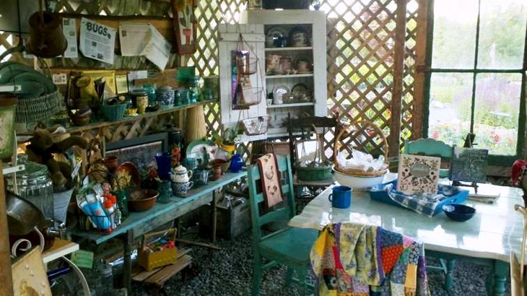 Bonnie Brown's creating space capture the imagination...think of the creative projects to be done here!