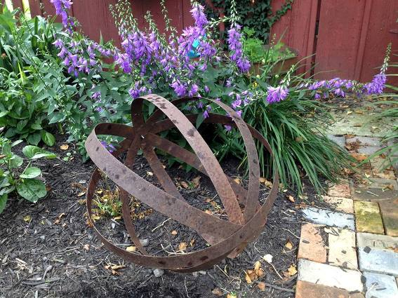 Myra Glandon says, I made this last weekend out of 4 metal barrel rings