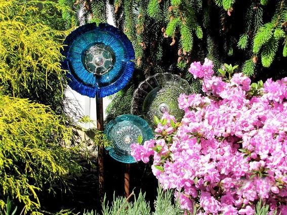 Louise Yunck's charming flowers,..peek a boo